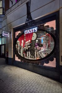 oasis christmas 2017 window display visual merchandising bespoke prop manufacturer